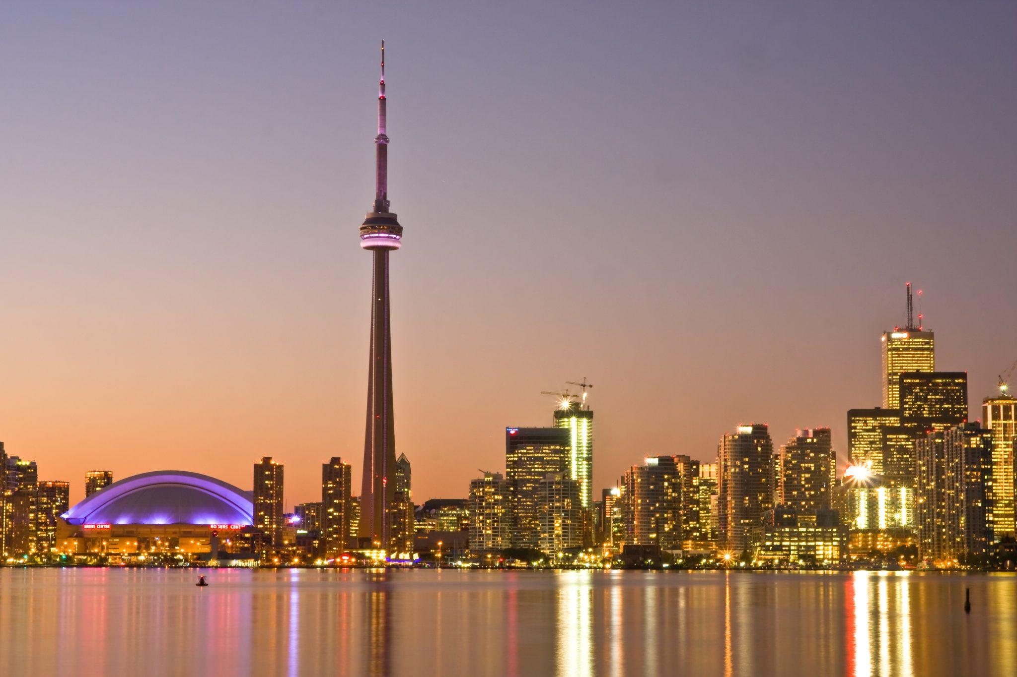 Toronto_at_Dusk_-a[1]