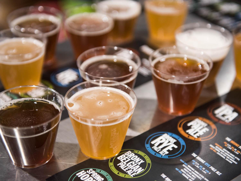 Durante as visitas às cervejarias, você podera degustar diversos rótulos e estilos de cervejas